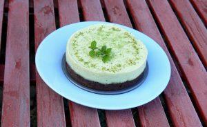avokadokremes-torta