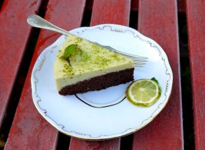 avokadokremes-torta-szelet
